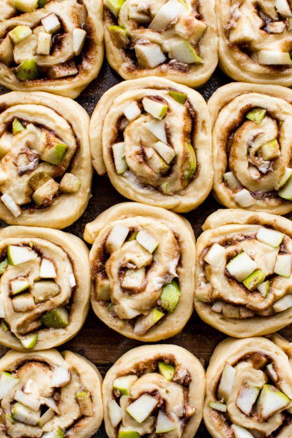 apple-cinnamon-rolls-6-600x900